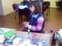 Przygotowanie do strojenia choinki - Biblioteka